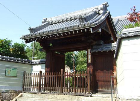 母恩寺霊園